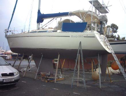 Moody 336 yacht for sale. Designed by Bill Dixon